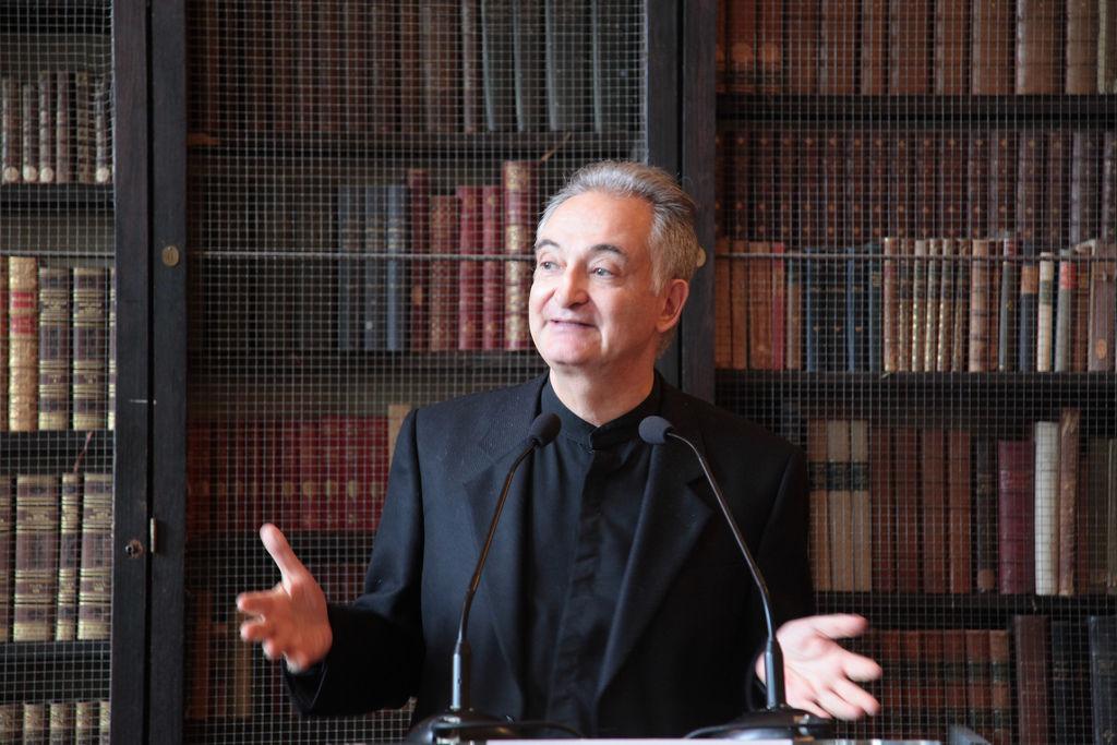 Jacques Attali