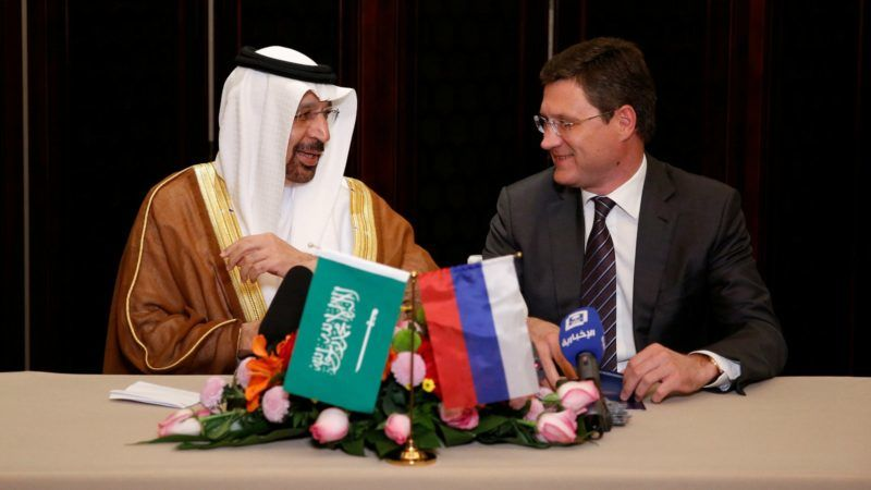 Saudi-minister-and-Novak-800x450