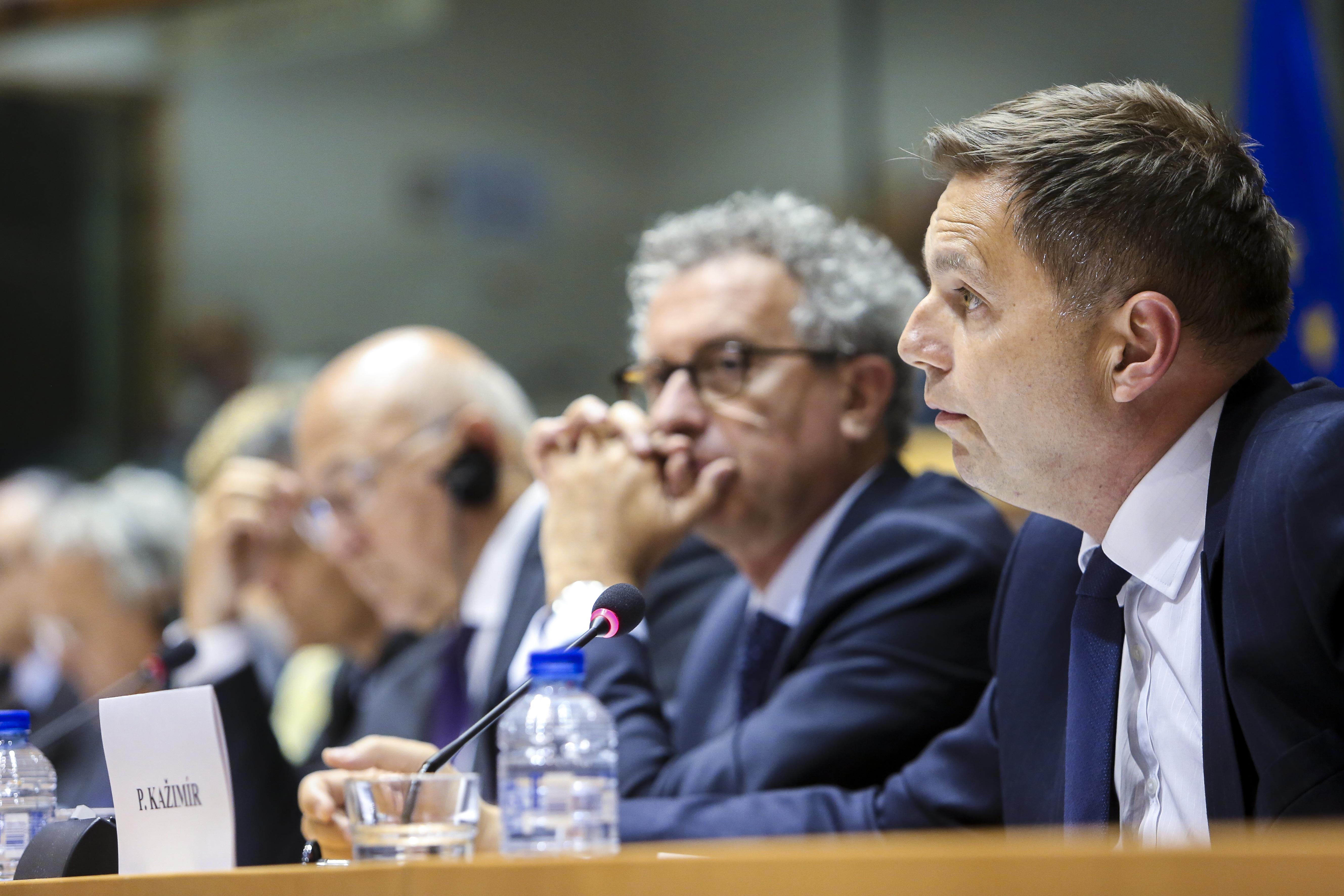 Kažimír rozpočet eurozóna spoločné poistenie v nezamestnanosti