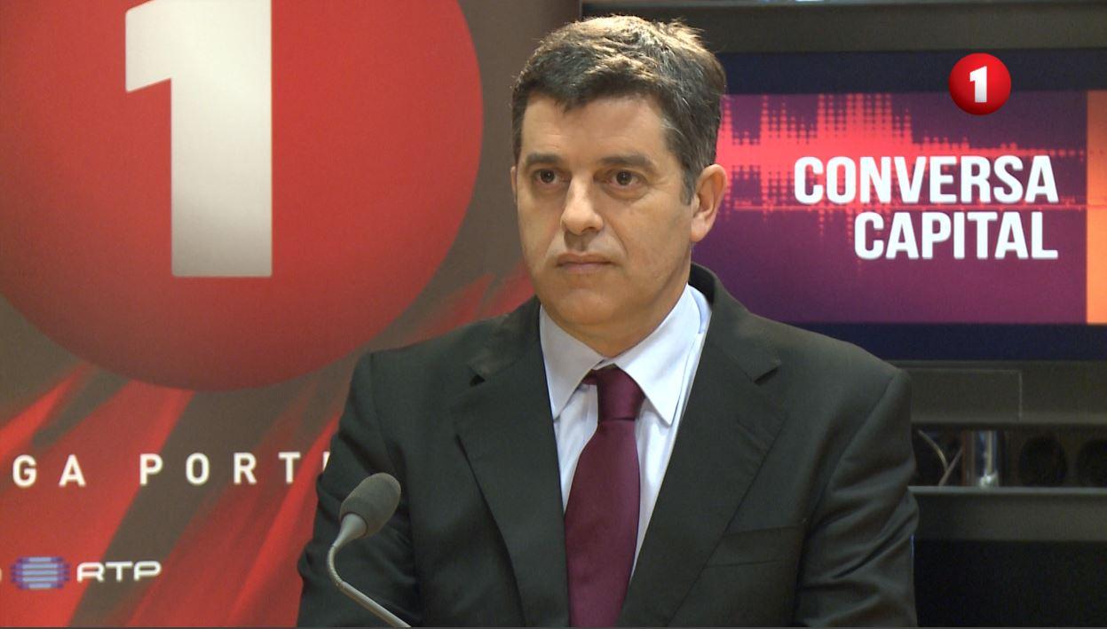 Manuel Caldeira Cabral, utečenci, Portugalsko