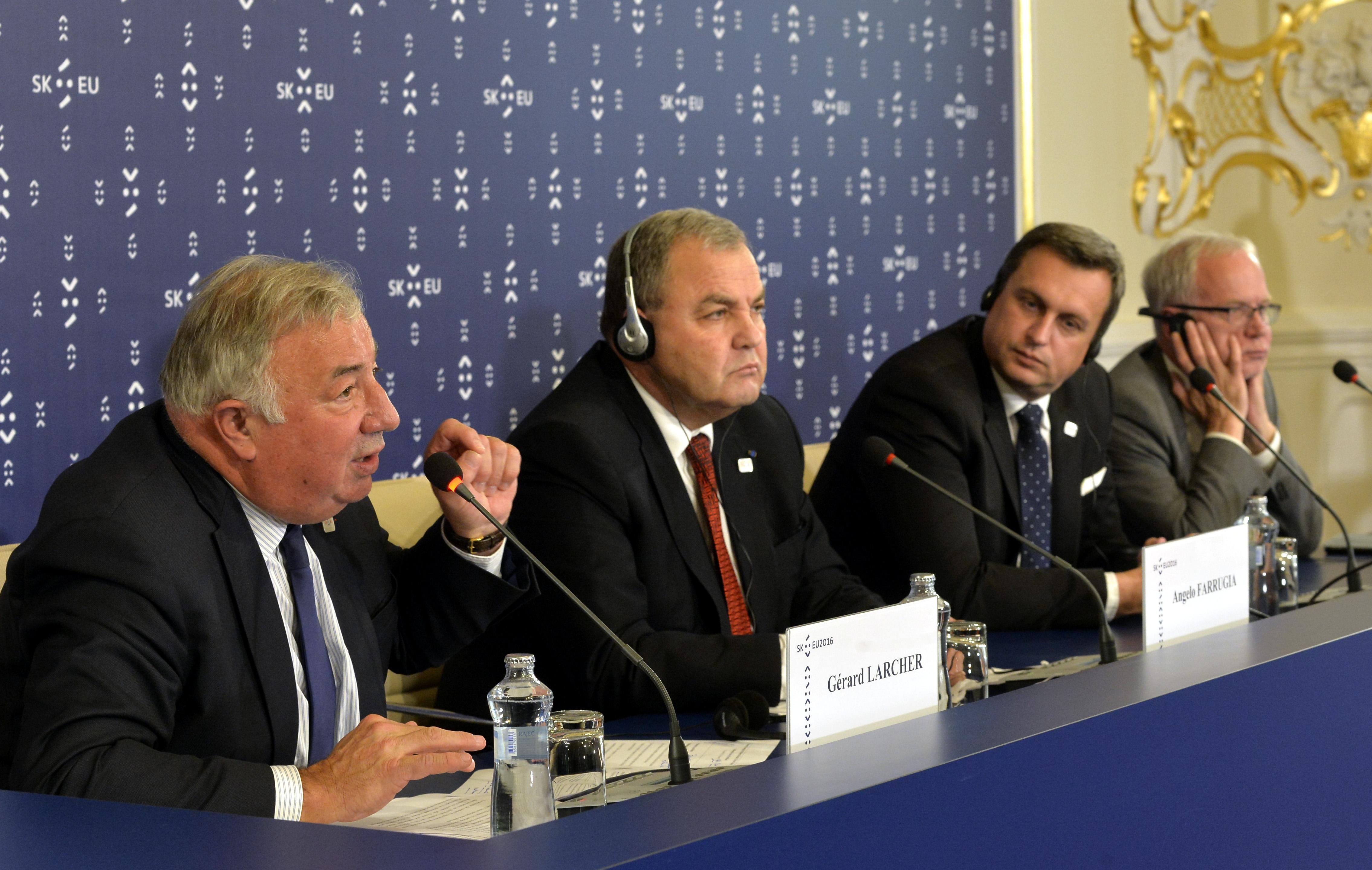 slovenské predsedníctvo, vyslaní pracovníci