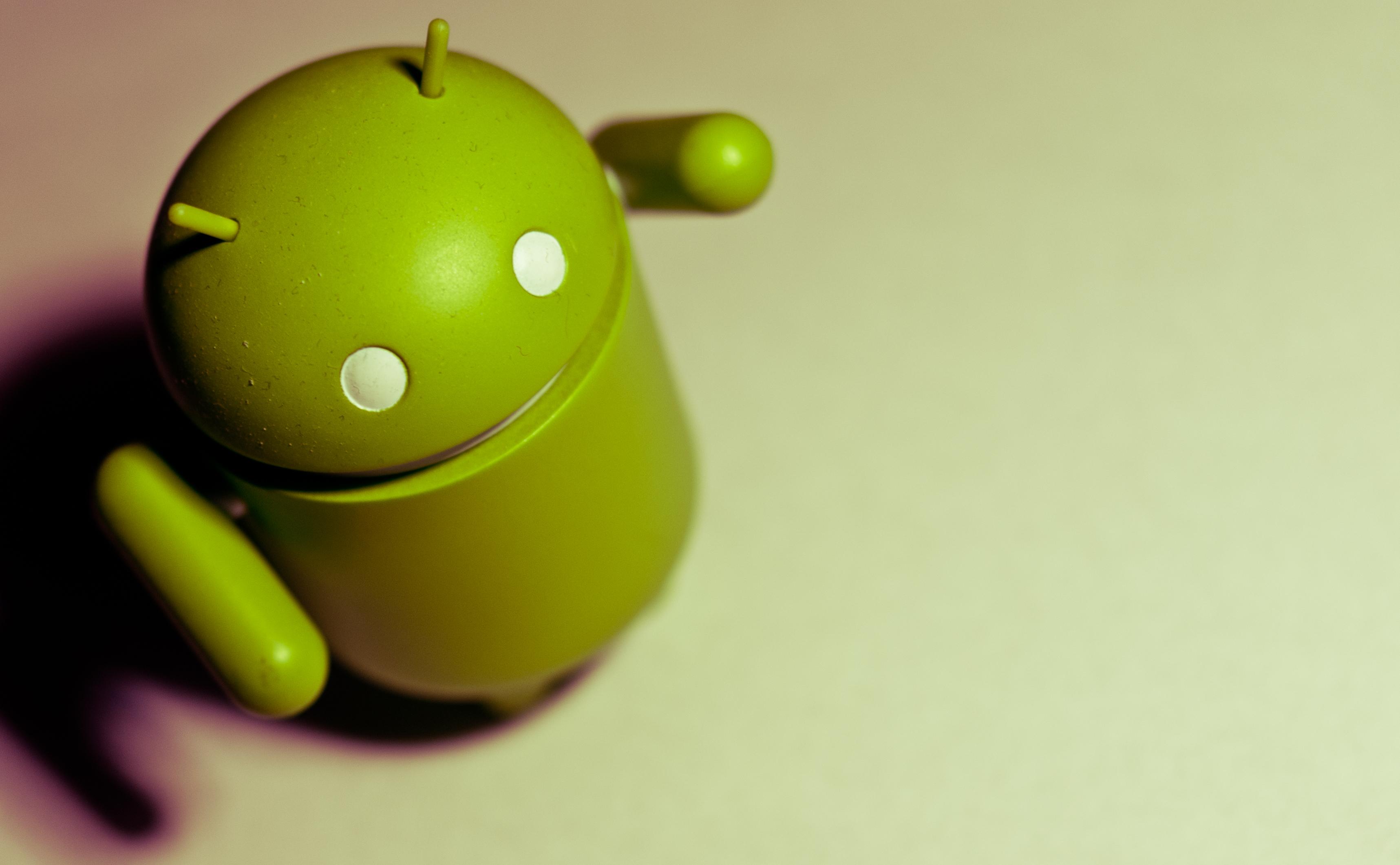 Google Android, mobilné telefóny, iOS