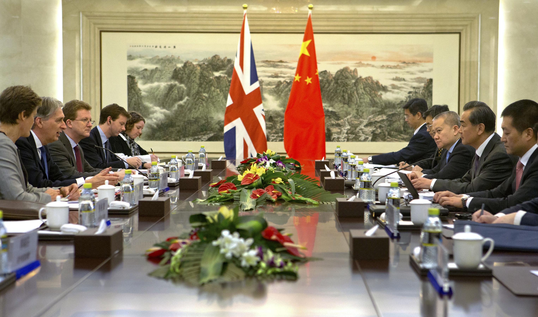 Čína Británia