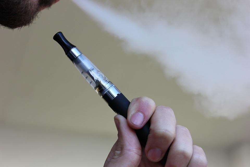 elekronické cigarety