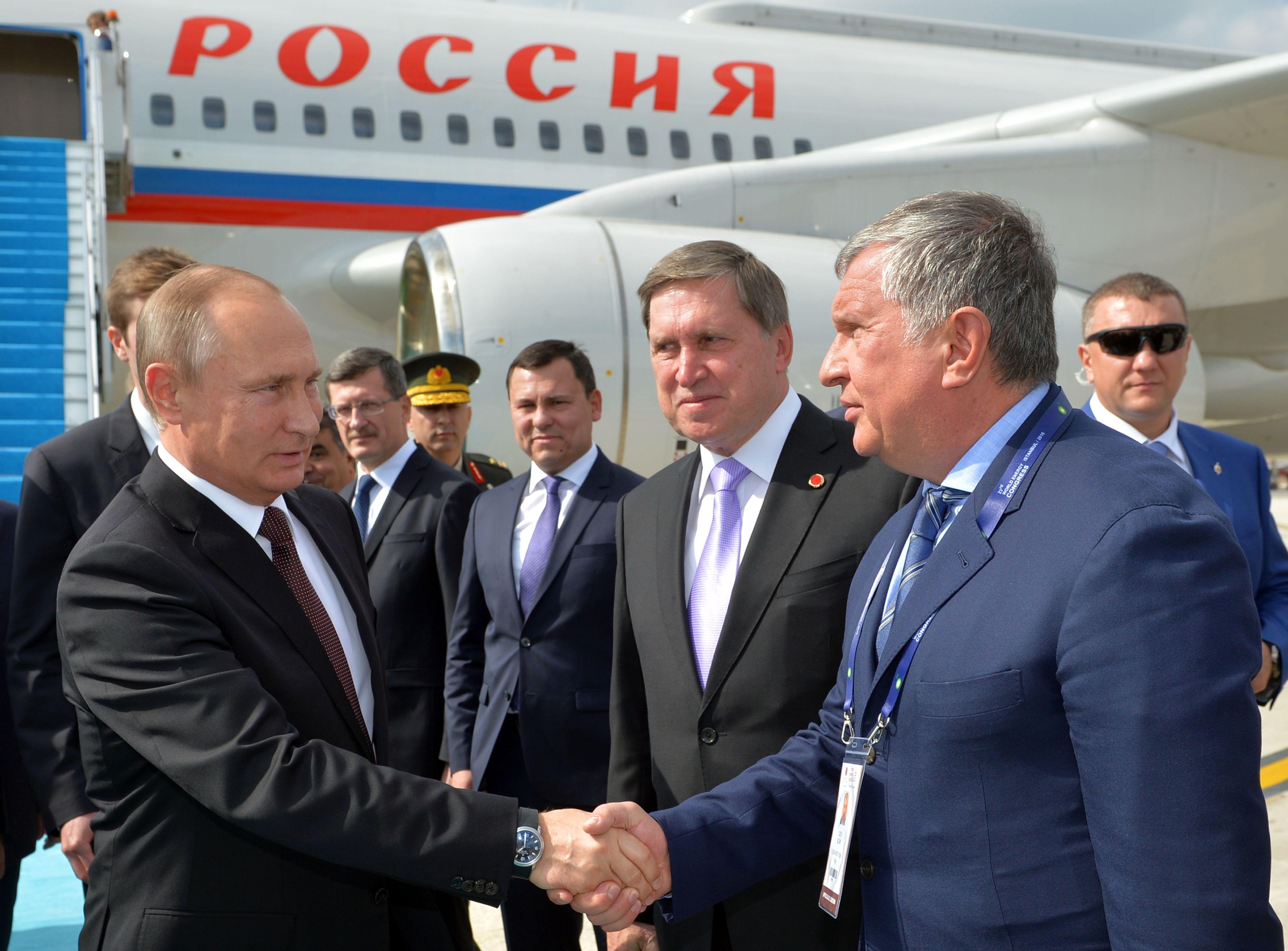 Igor Sečin, Vladimir Putin