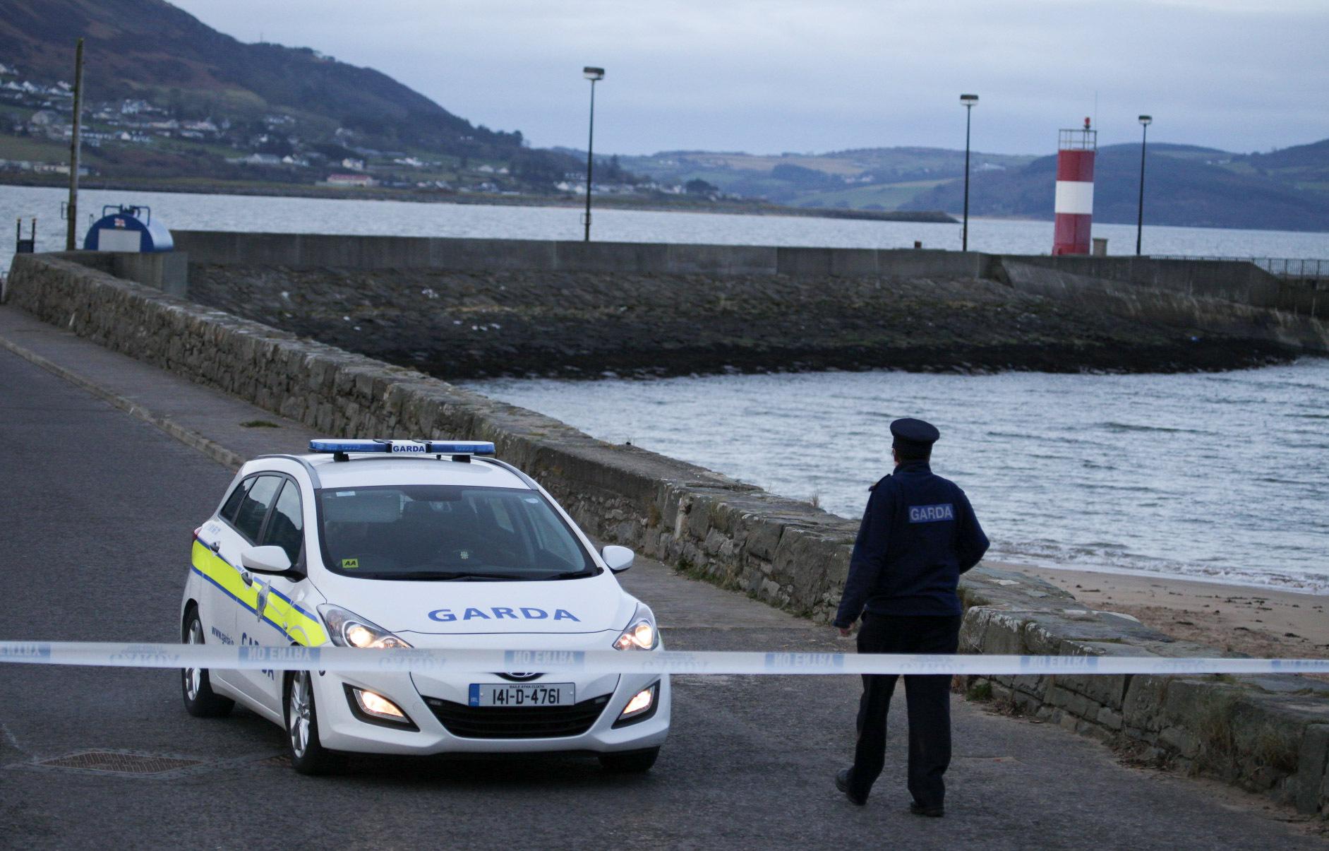 írska polícia