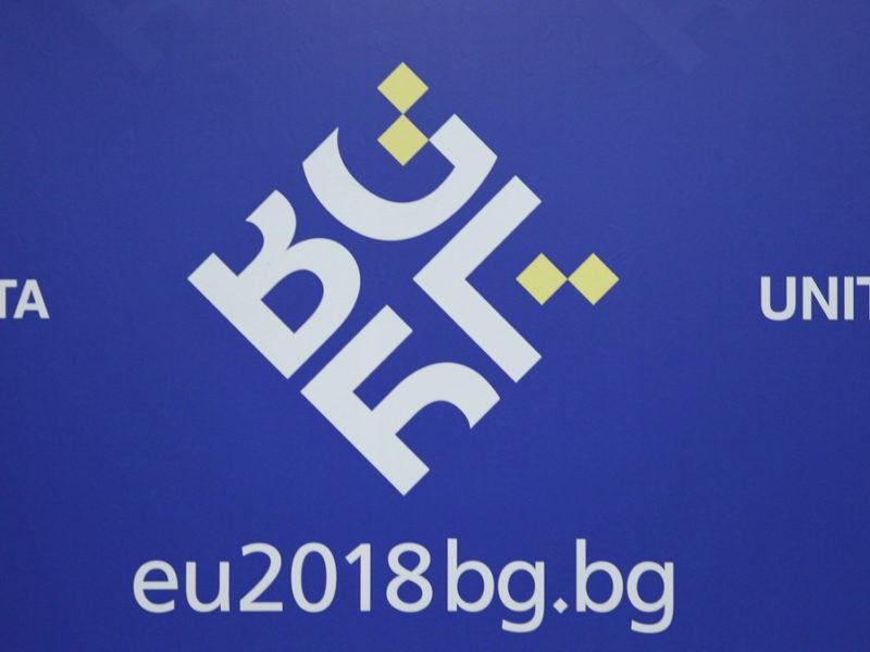27b8afc002f1 Europoslanec zodpovedný za obchod s elektrinou  Verím vo voľný trh ...